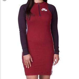 👗 Cute Nike burgundy slim fit dress 👗